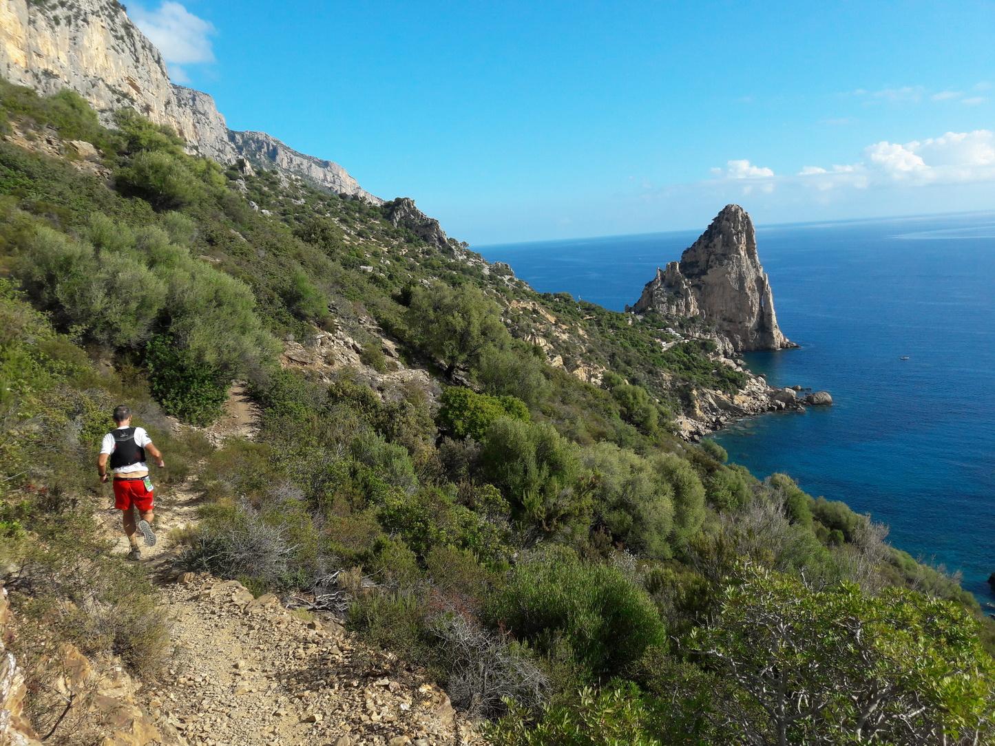 sardinia-–-ultratrack-supramonte-seaside